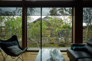 野山のような雑木の庭・里山の景 新築平屋のガーデンデザイン