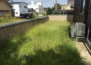 雑草対策と水路の改修 五泉市にて