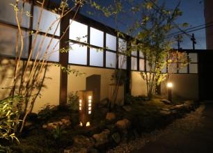 お庭の照明