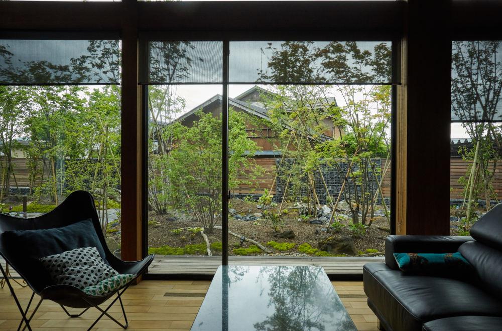 野山のような雑木の庭・里山の景|新築平屋のガーデンデザイン